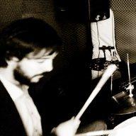 Antiestudio_Drummy